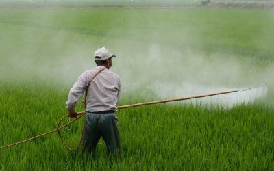 pesticides spreading